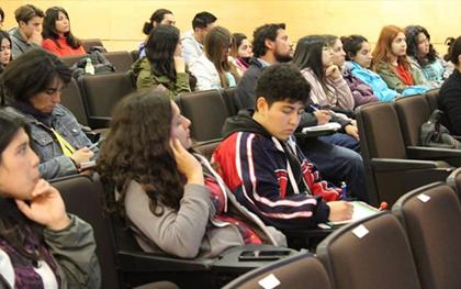 """Conversatorio: """"Médicos Veterinarios como Profesionales de la Salud"""", en Consejo Regional O´Higgins"""